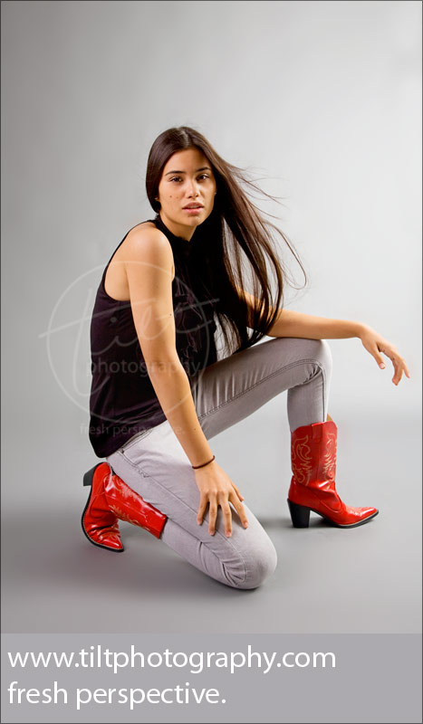2009-sr-vogue-redboots